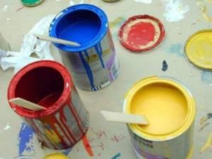 Peintures vinyliques en pots