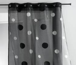 3 astuces pour bien choisir les rideaux et voilages d 39 une chambre coucher le bricolage de a z. Black Bedroom Furniture Sets. Home Design Ideas